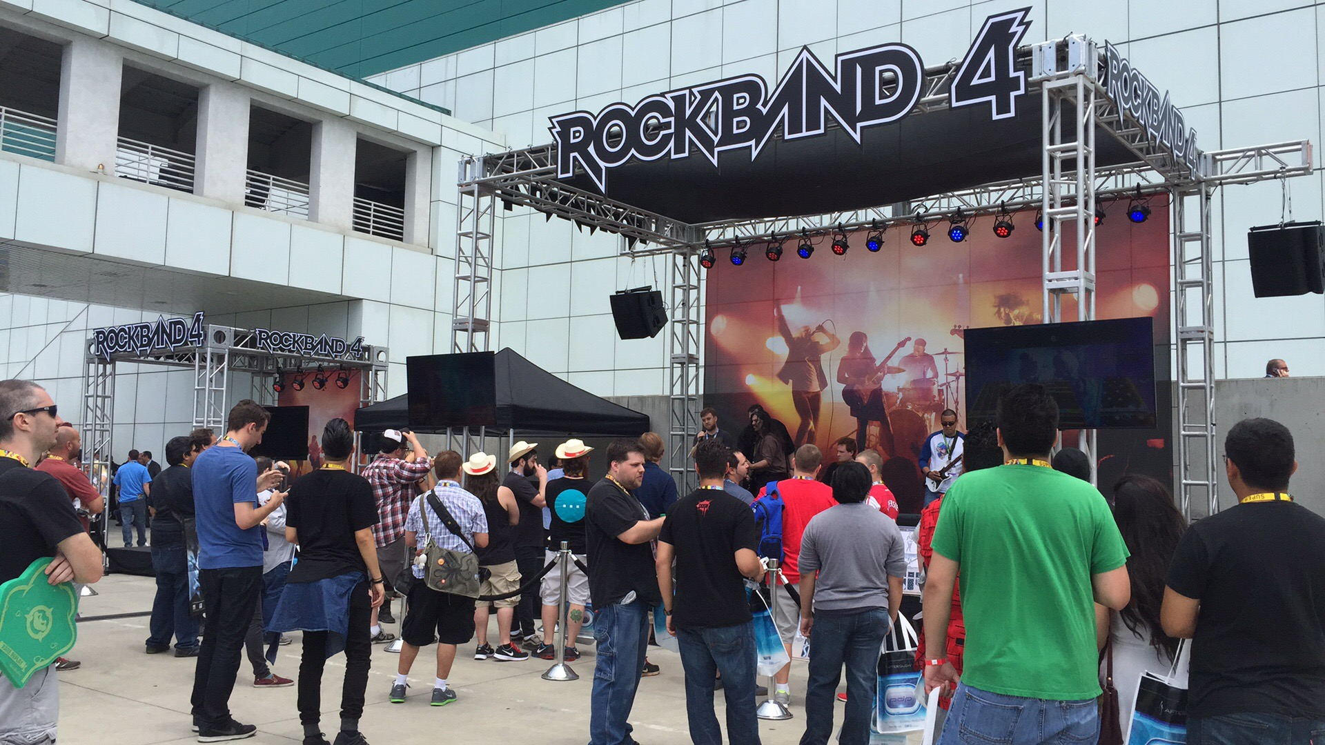 Rock Band 4 Outdoor Stage